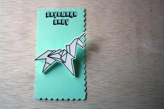 Blade Runner Origami Unicorn Pin: Brooch Blade Runner Origami Unicorn Shrink Plastic By