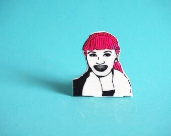 Gwen Stefani Pink Hair and Braces Pin - No Doubt - Gift For Friends