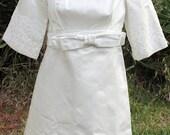 Vintage Mod Handmade Short Mini White Satin Wedding Dress w/ Veil Bows Lace Unique Empire Waist Belt 50s 60s 3/4 Sleeves Baby Doll Daisies