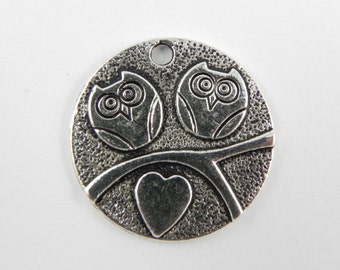 12 Owls in Love Disc Charms in Antiqued Silver - 19mm