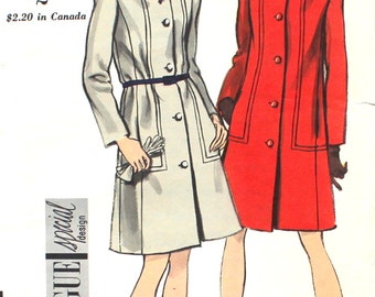 1960's Coat with Detail Bust 34 Vogue 7216