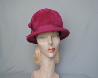 1960s Dark Pink Wool Hat, Plush Wool Velour Hat with Rounded Top - 22 inch head