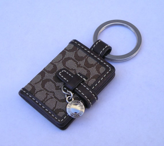 Authnetic Coach Picture Holder Wallet Key Chain By Acrazeelady