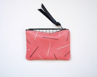 Lines Pouch - Pink Leather