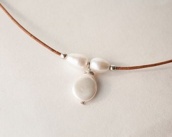 Leather Necklace For Women - FallJewelry - Pearl and Leather Jewelry - Freshwater Pearl Necklace - 3rd Anniversary Gift - Choker Necklace
