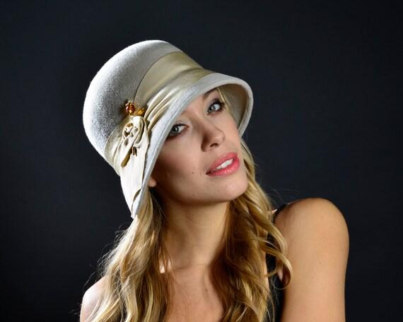 Cloche Hat Felt Women's Gift Fall Fashion Winter Accessories 1920s Women's Hat-Great Gatsby Hat Downton Abbey Fall Fashion Winter Fashion