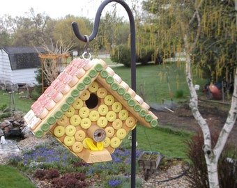 Bingo Birdhouse,Outdoor Bird House,Button Bingo Bird House,Wooden Bird House