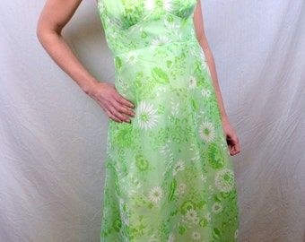 Vintage 60s 70s Floral Summer Green Maxi Dress