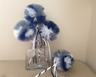 Dallas Cowboys Decor- Tulle wands- Dallas Cowboys favors- Dallas Cowboys decorations- Gray tulle- Wooden Wands- Football party decorations