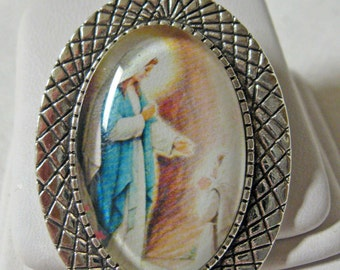 Our Lady of Lourdes brooch/pin - BR10-009