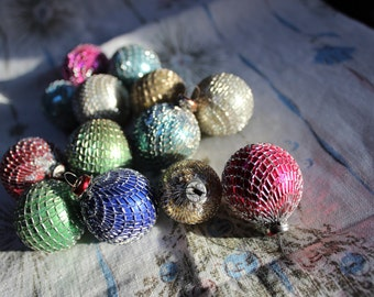 Wire mesh wrapped Shiny Brite Japan Christmas Feather Tree Ornaments small LOT of 13 Glass VINTAGE by Plantdreaming