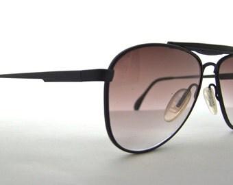 Titmus Aviator Sunglasses Vintage made in USA high quality/matt black with gradient lens