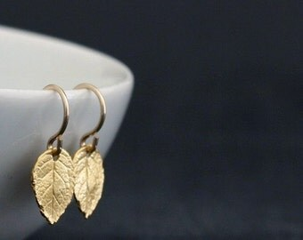 Tiny Gold Leaf Earrings / Rustic Leaf Earrings / Vermeil Mini Leaves / Gold Filled Jewelry / Dainty Everyday Earrings