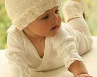 Knit baby hat Unisex baby hat  Baby beanie Handmade Merino wool Newborn to 18 months Off white Baby shower gift Children clothing Photo prop