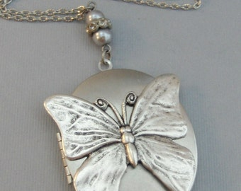 Flutter Maiden,Butterfly,Butterfly Necklace,Butterfly Locket,Silver ButterflyNecklace,Locket,Butterfly,Silver Locket Butterfly Locket
