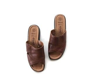 SALE Vintage Leather Sandals 6 / Brown Leather Sandals / Leather Slides