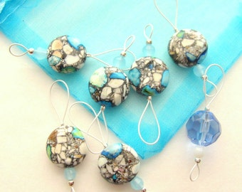 Bead Knitting Stitch Markers - Set of 7 - Turquoise Blue Marble Like Resin Bead Marker
