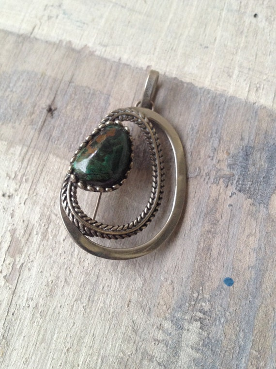 VINTAGE Bohemian 70s Pendant and Brooch Green Gemstone