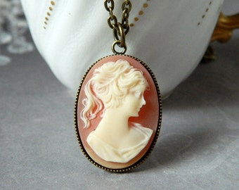 Carnelian Woman Cameo Pendant Lady Cameo Victorian Cameo Necklace Girl Cameo Silhouette Cameo Antique Brass Valentine Gift Best Friend