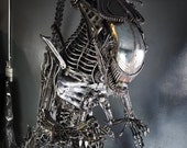 IN STOCK : Recycled Metal Queen Monster ( 2.5 m / 8.2 ft height )