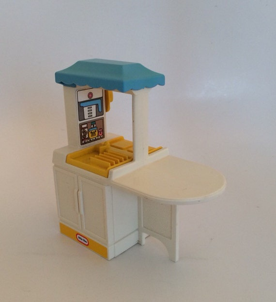 Little Tikes Kitchen Dollhouse Miniature With Blue Roof