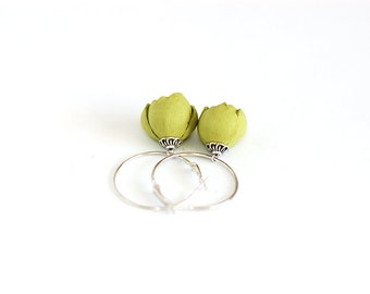 Leather earrings with Lemon green flowers