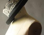 Vintage 90's Black and Cream Lace Black Flower Brim Hat