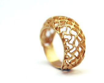 Gold ring for women, Unique engagement ring, promise ring, bee ring, bday ring,girlfrend gift, 9k gold ring, cadi jewelry, organic ring