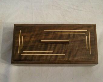 Fancy Walnut with Maple Inlay 4x8 Box Pattern 3