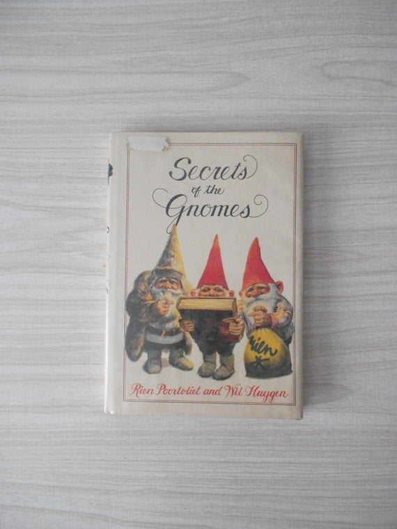 1980s hardback rien poortvliet secrets of the gnomes book // fantasy // illustrated coffee table book