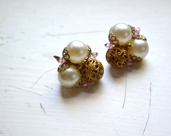 1950s Pearl and Filigree Clip Earrings