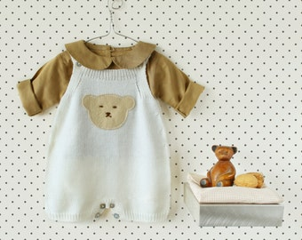 Knitted Overalls in off white with a felt bear. 100% merino wool. READY TO SHIP size Newborn.
