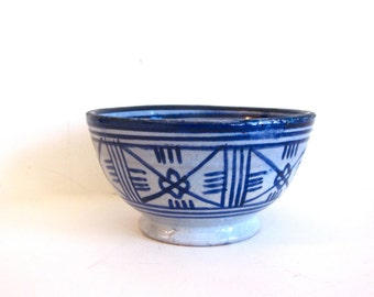 Vintage Safi Moroccan blue and grey pottery bowl, Moroccan pottery