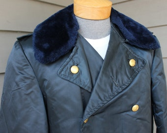 vintage 60's - 70's -Charleston Police- Patrolman's coat. Double breasted - Half length - Insulated - Mouton collar. Size 42