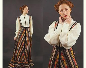 SALE 30% - Unique Vintage Dutch Dress -  Princess Long floral dress with puff sleeves, lace necklace and velvet belt