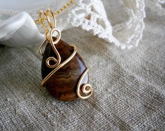 Agate necklace Pendant , Wire Wrapped Jewelry, Stone pendant, Gold Brown Pendant