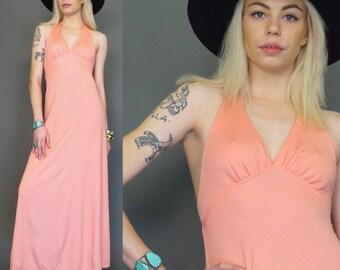 vintage 70s boho pink halter maxi dress // hippie disco // sundress // gypsy