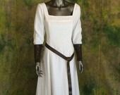 Linen Renaissance Viking Dress--- Your Choice of Color---  Simple Dress, Medieval Gown, Scottish, Norse, Belt, Bracers, Linen Dress