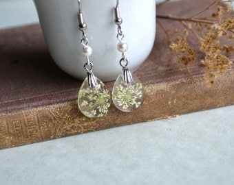 Queen Anne's Lace Real Pressed Flower Teardrop Resin Dangle Earrings