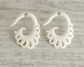 Fake Gauge Earrings Bone Earrings  Spade Spirals Tribal Earrings - Gauges Plugs Bone Horn - FG060 B
