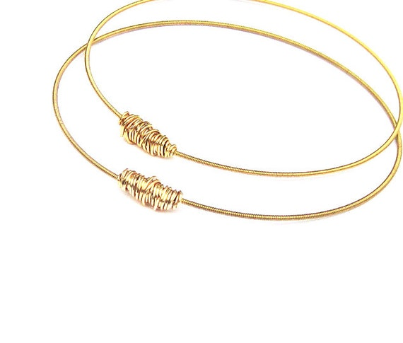 Guitar String Bracelets // Set of 2 Bangle Bracelets // Eco-Friendly Jewelry // Stacking Bangles // Silver Gold // Bridesmaid Gift // Music