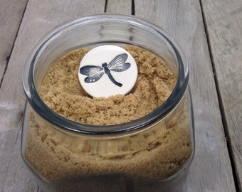 Brown Sugar Keeper, Black Dragonfly, Essential Oil Clay Diffuser Disk