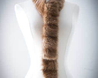 30's Vintage Scarf, Chic Street Style. Trendy Fashionista. // Thin Flapper Scarf. 19Animal Fur. Light Brown, Tan. // Lined in pure linen.