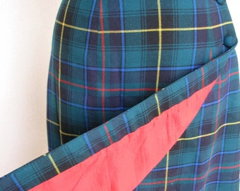 Sale Vintage SCOTTISH Steampunk  Plaid wool ALJEAN short wrap skirt lined in RED sz small