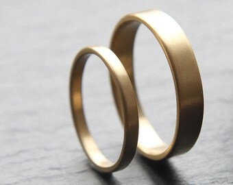 2mm + 4mm wedding ring set in recycled 9ct yellow gold, flat profile, brushed finish - made to order