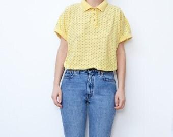 Vintage pastel yellow dotted women collar button tshirt