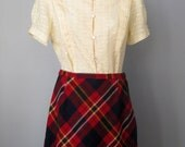 Plaid Wool Skirt / Vtg 60...