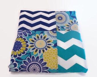 Modern Baby Quilt-Gender Neutral-Nursery Quilt-Crib Quilt-Baby Blanket-Chevron-Aqua Navy Unisex Baby Quilt-Cot Cradle