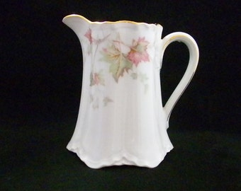 Hutschenreuther Creamer, Selb, Bavaria Germany, Cream Pitcher