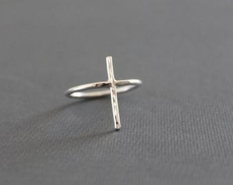 Cross Ring//Sterling Silver//Handcrafted//Minimalist Ring